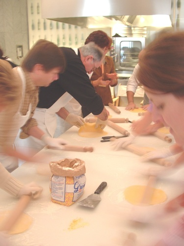 'Hands on' cooking classes | Packages & activities