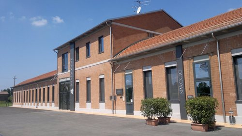 Caseificio dell'Emilia 4 Madonne | Cheese Dairies
