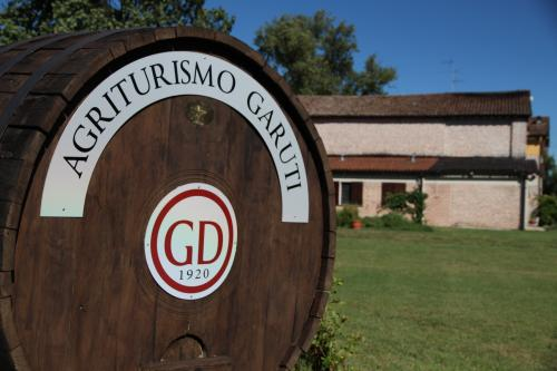 Agriturismo Garuti | Agrifarm with rooms