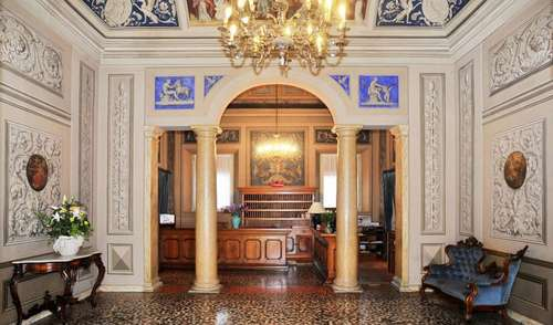 PHI Hotel Canalgrande **** | Hotels in Modena city center
